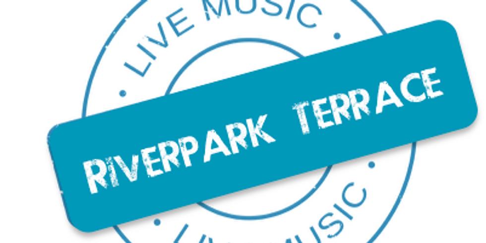 Bo Tomlyn plays at Riverpark Terrace