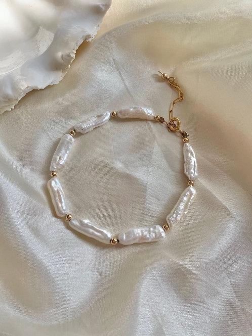 Biwa Pearl Bracelet