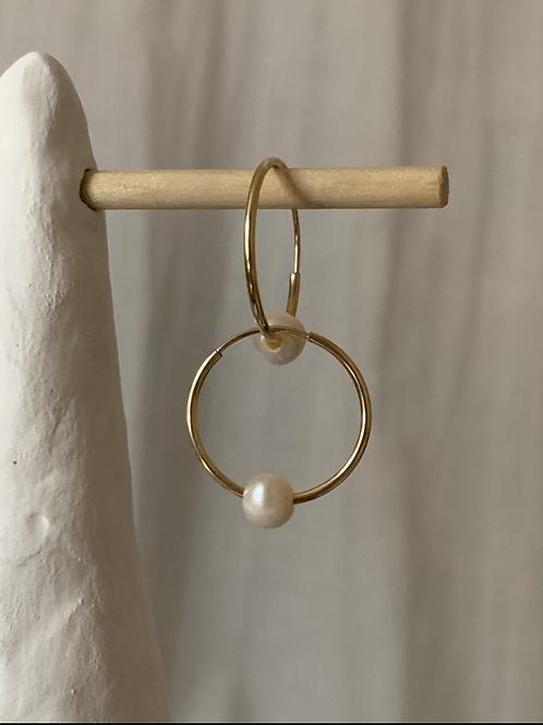 Everyday Pearl Hoop