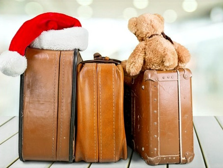 6 Tips & Tricks for Traveling with a Baby for the Holidays