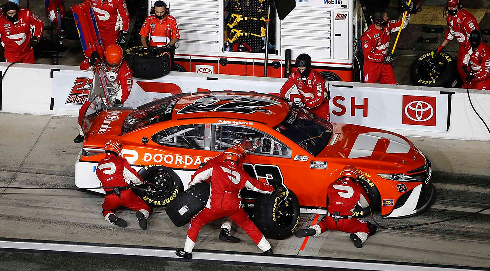 GettyImages-pit stop.jpg