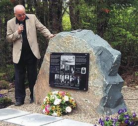 Flight 102 Memorial.jpg