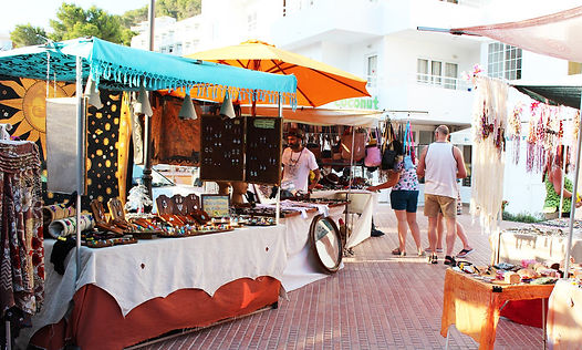 hippy-market-cala-llonga-welcometoibiza4