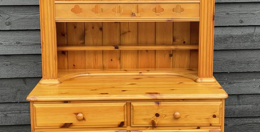 Small Ducal Pine Victoria Kitchen Display Dresser