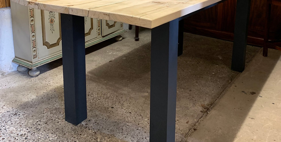 *NEW* Rustic Reclaimed Large Pine Kitchen Table