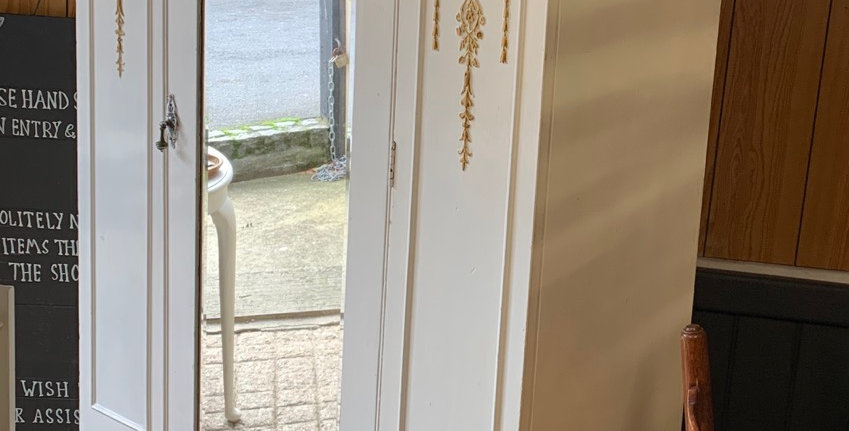 Edwardian Single White Painted Wardrobe With Drawer / Hall Cupboard