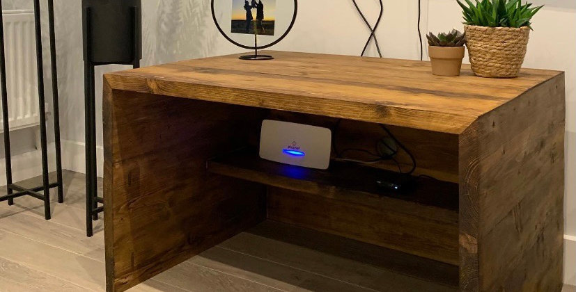 Handmade-Rustic-Reclaimed-Pine-Scaffold-Board-TV-Stand-