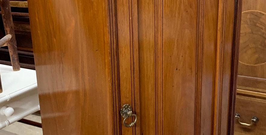 Edwardian Ledge Back Walnut Pot Cupboard