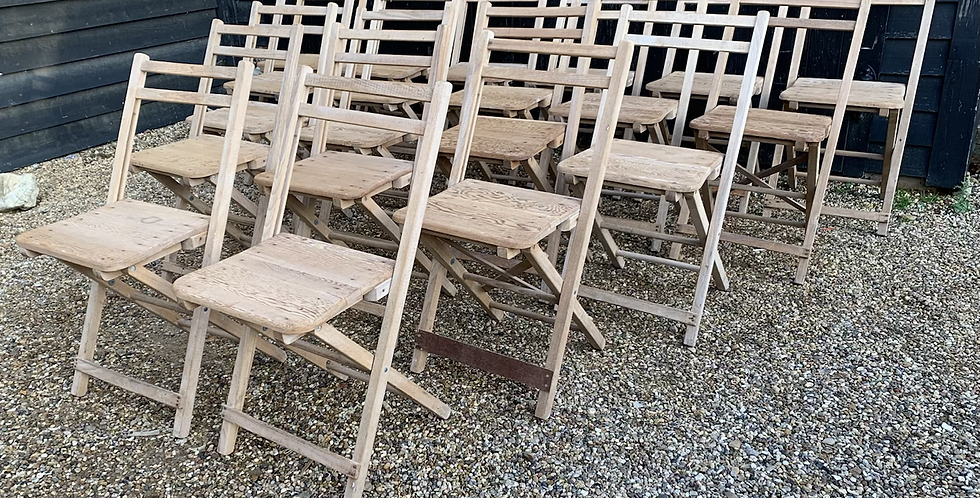 Great Job Lot Of 20 Vintage Old Pine Folding Church Chairs