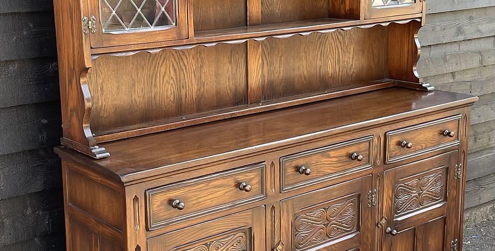 Good Quality Bevan Funnell Reprodux Oak Display Dresser