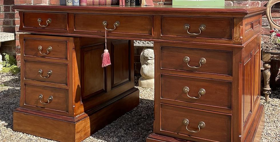 Good Quality Hardwood Twin Pedestal Partner Desk