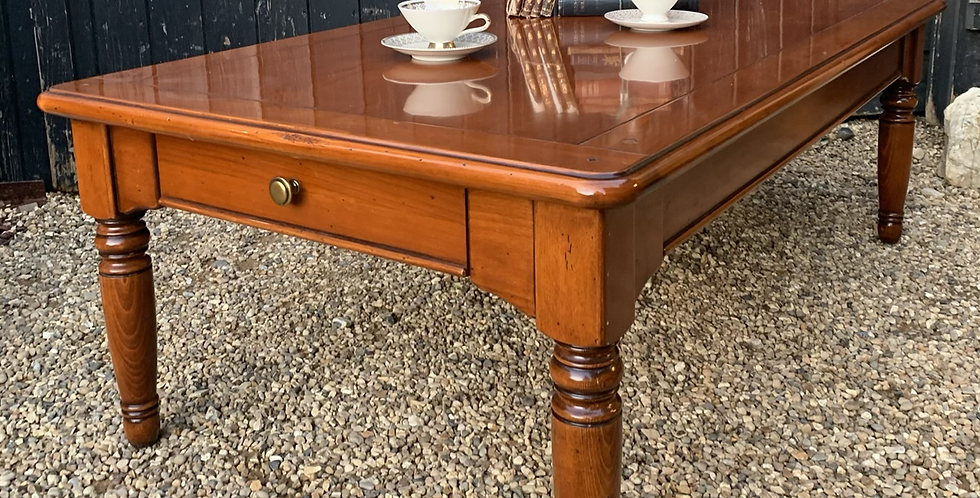 Good Quality Contemporary Selva Cherrywood Coffee Table With Drawers