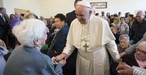Papa: a importância dos avós na transmissão da fé e humanidade