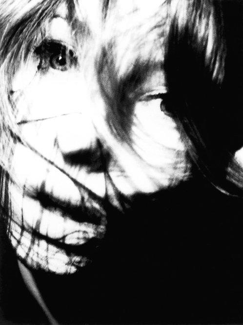 Mila - La Toile - Polaroid