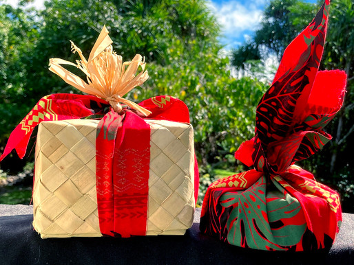GIFT-GIVING HAWAIIAN STYLE
