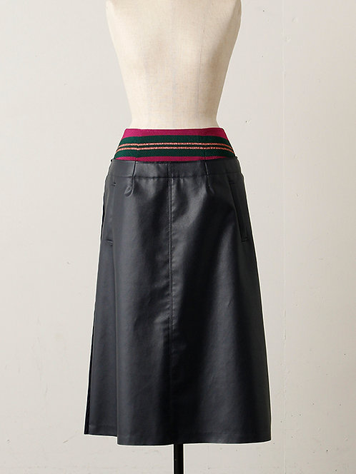 Import Border switching fake leather Skirt