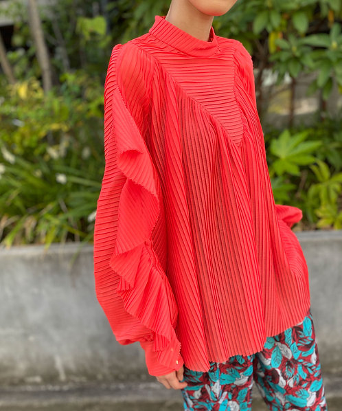 Import pleated blouse