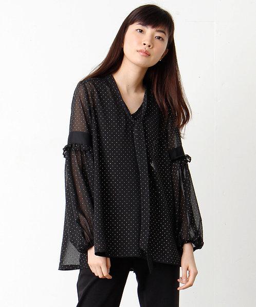 Dot pattern chiffon blouse
