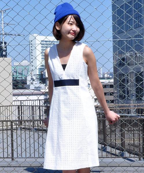High waist trapeze line dress