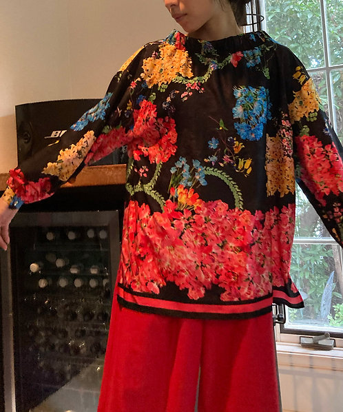 Flowe print stand color blouse
