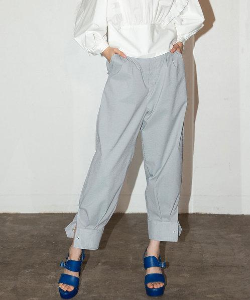 Seersucker tuck pants