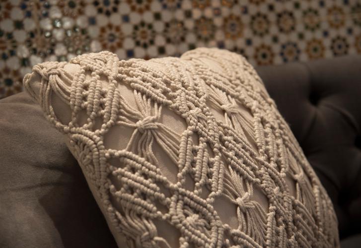 Cushion Details
