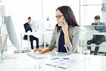 busy-employer_1098-13726.jpg