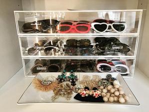 acrylic storage shelves for sunglasses