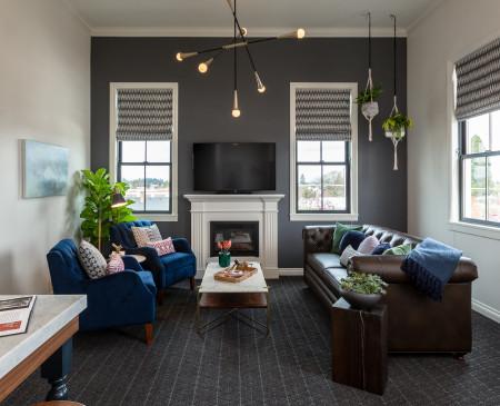 Penthouse - $700