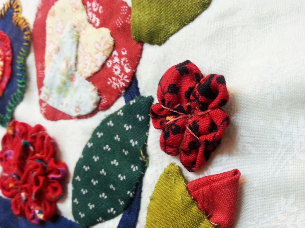 ריקי אולמרט, פרחים תלת מימדיים1, פרט 3.jpg