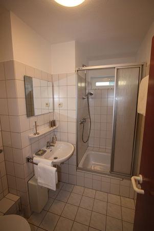 Badezimmer Ferienwohnung Pension Zufriedenheit Dortmund