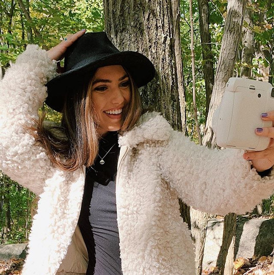 But first, let me take a selfie 🤳 Anyon