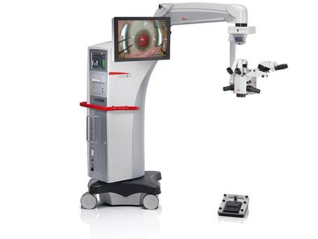最新の手術用顕微鏡を導入しました