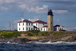 beavertail-lighthouse.jpg