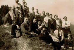 Choeur en promenade 1950