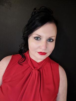 profile-pic-danielleBurns.jpg