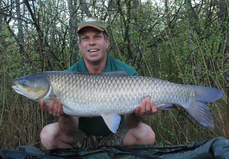 Lee 0745 Grass 27.12lb 15th.jpg