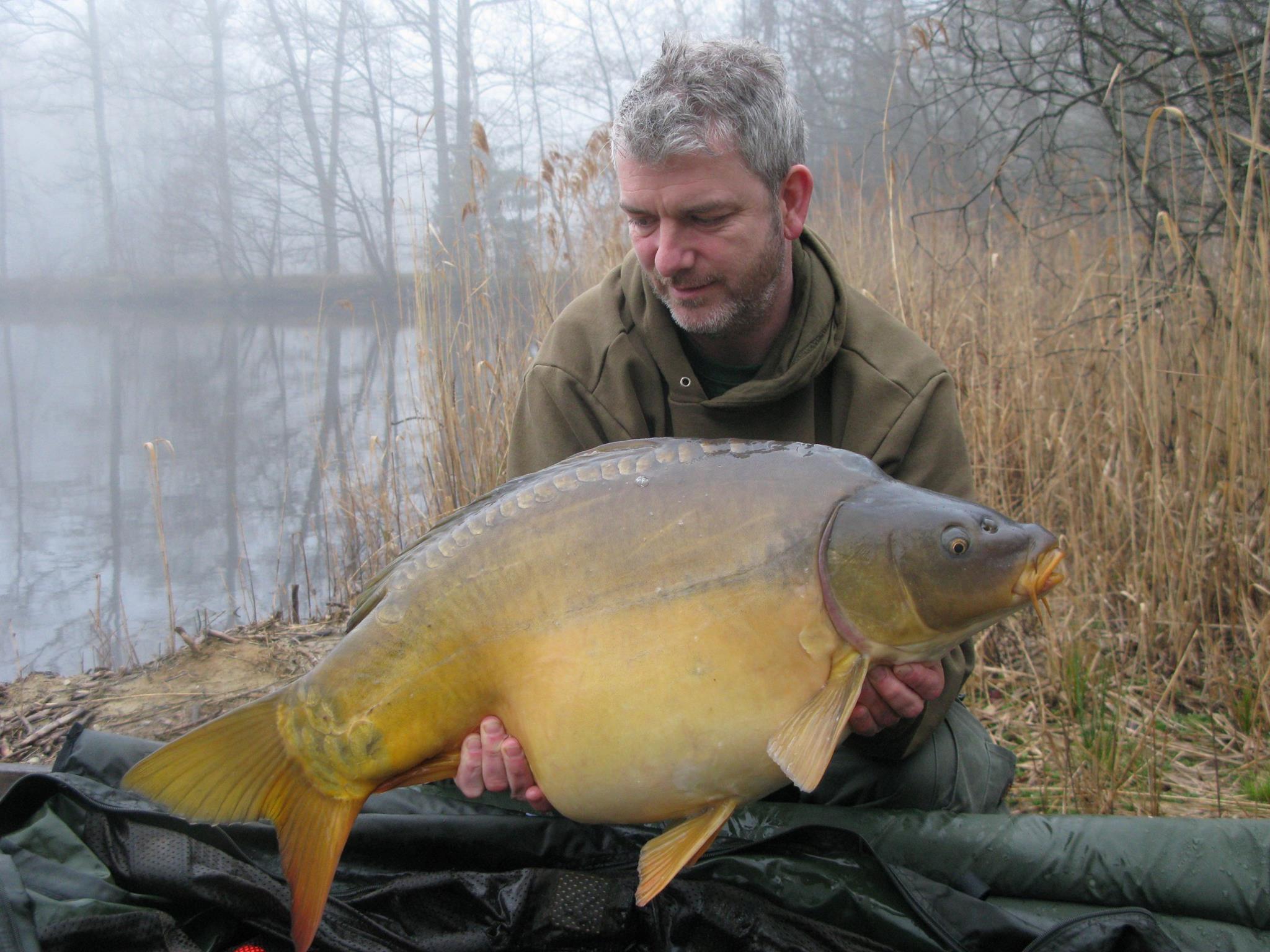 Mirror 32 lb - 14.4 kg