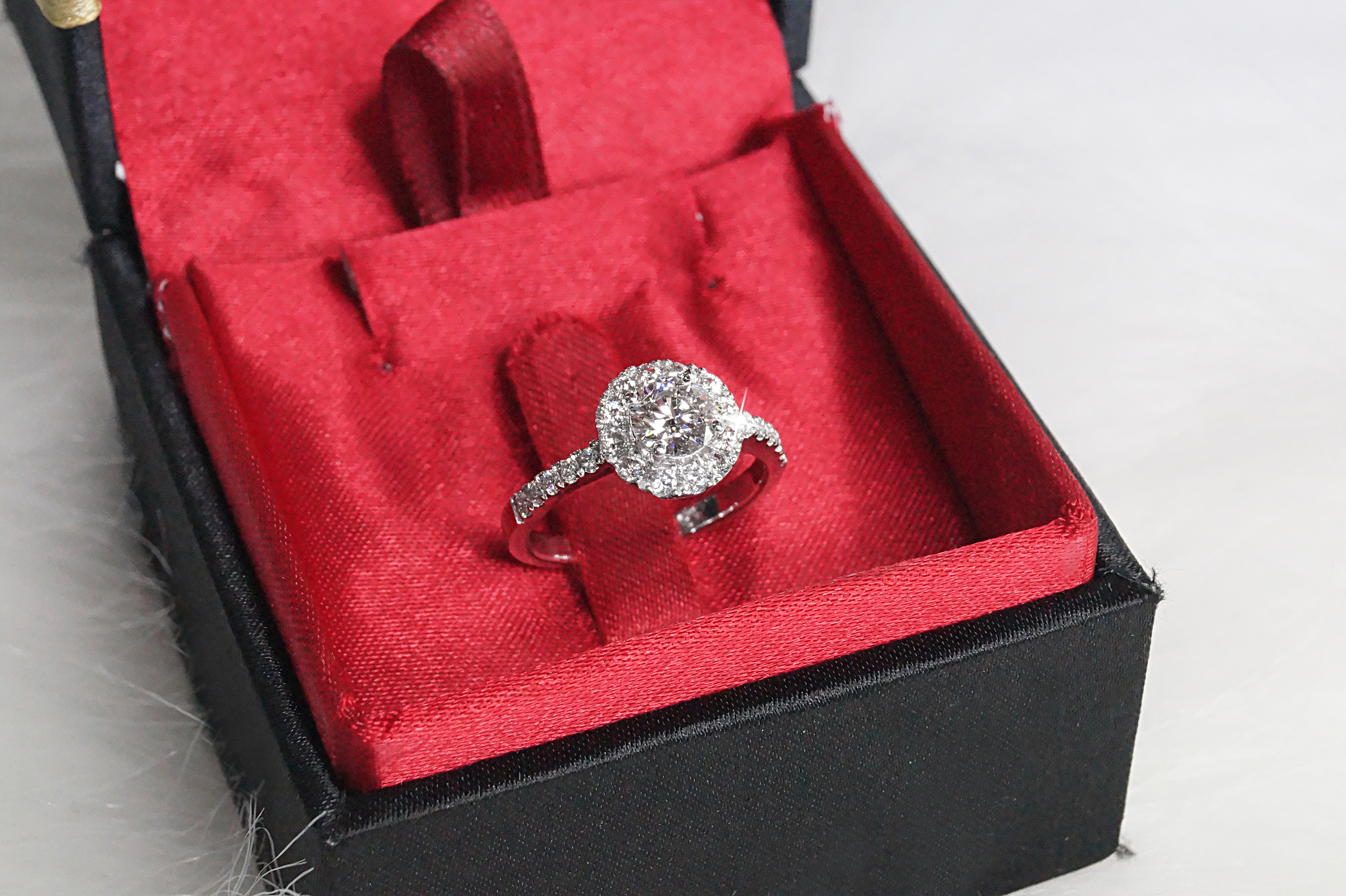 Customer's Nando Proposal Ring