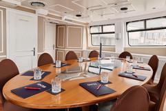 oval office ready for talks