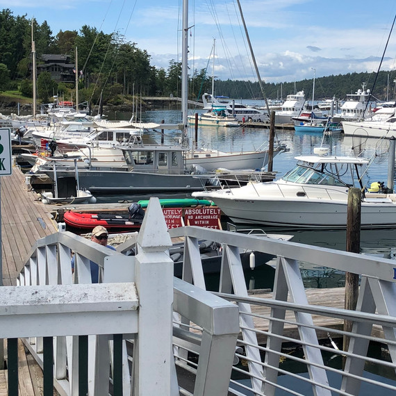 B Dock