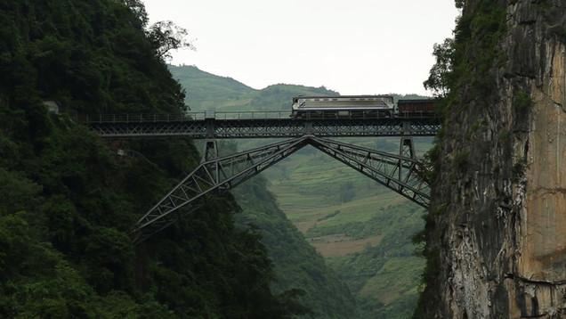 LE TRAIN FRANÇAIS DU YUNNAN