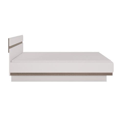 Chelsea Bedroom Super Kingsize Bed In White With An Truffle Oak Trim