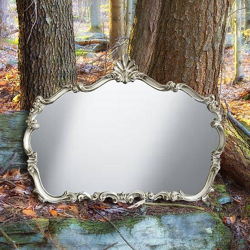 R004 - Carousel Mirror