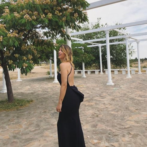 Vestido espalda lazo