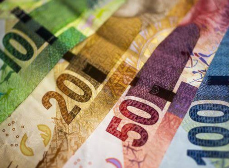 Report: Billions of rands  looted by 'Covidpreneurs'