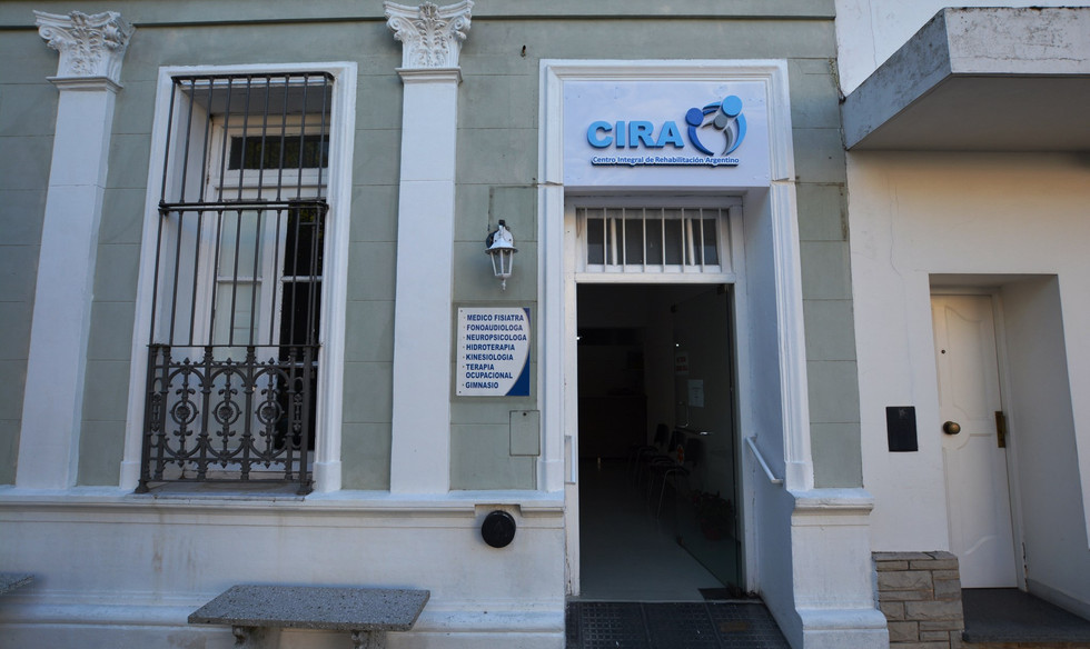 CIRA FRENTE.JPG