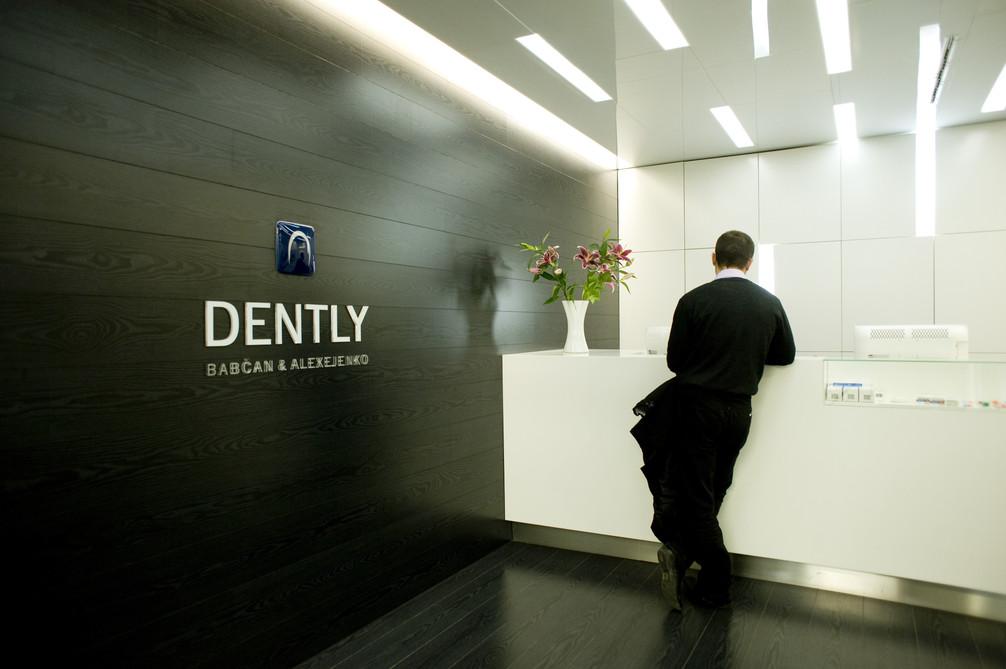 DENTLY I_D3S0320 (2).jpg