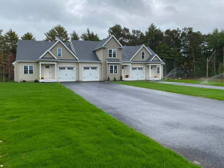 The Residences at White Oaks, Carver