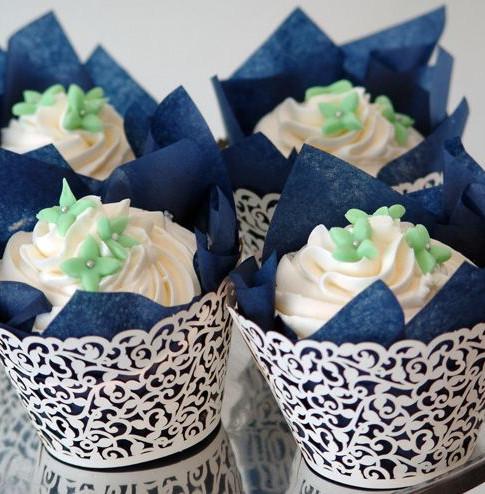 Queens Cakes.jpg